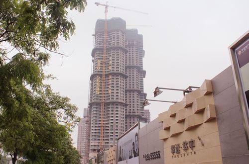华远华中心  选定湖南博长螺纹钢